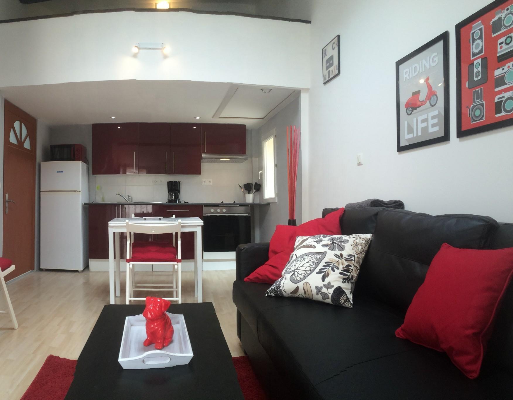 narbonne vente appartement 2 pi ces 36m2 88 000 r f 01 2621 bellissimmo. Black Bedroom Furniture Sets. Home Design Ideas